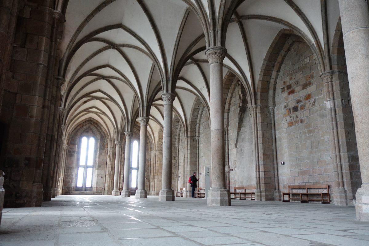 Abtei des Mont Saint-Michel, Innenansicht