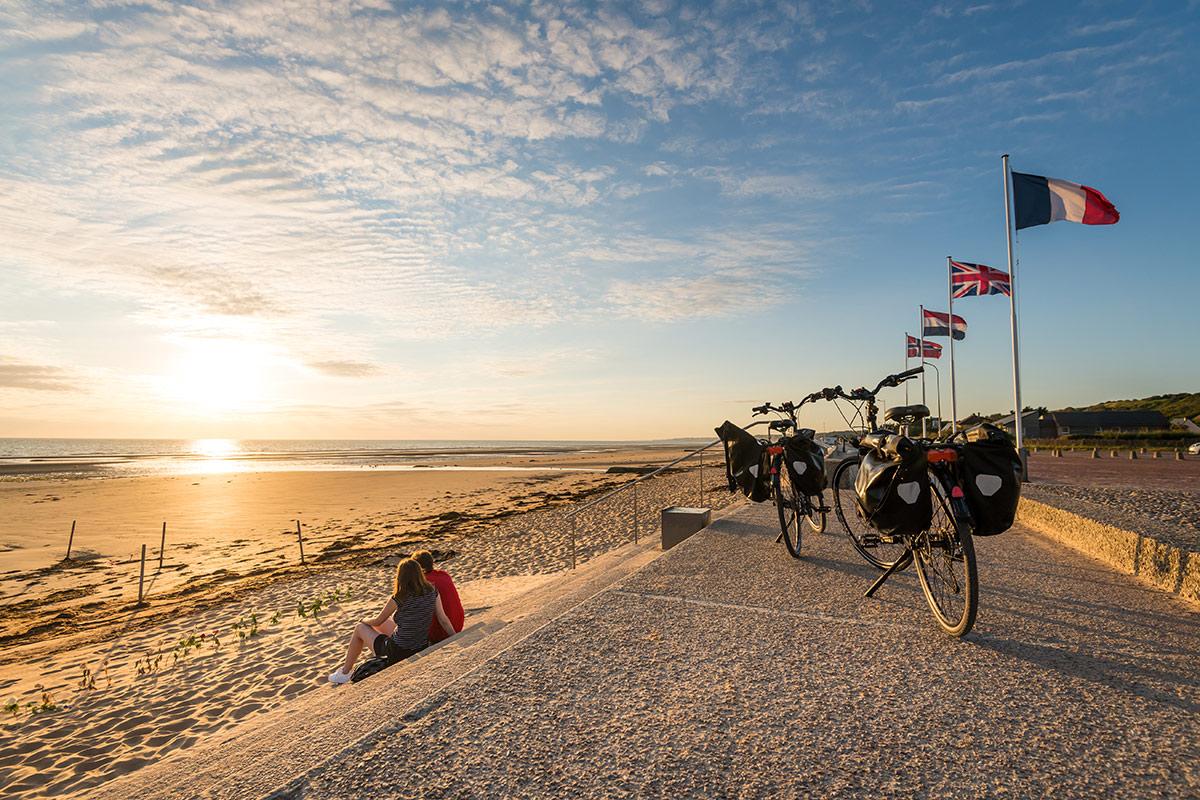 Fahrradfahren am Omaha Beach