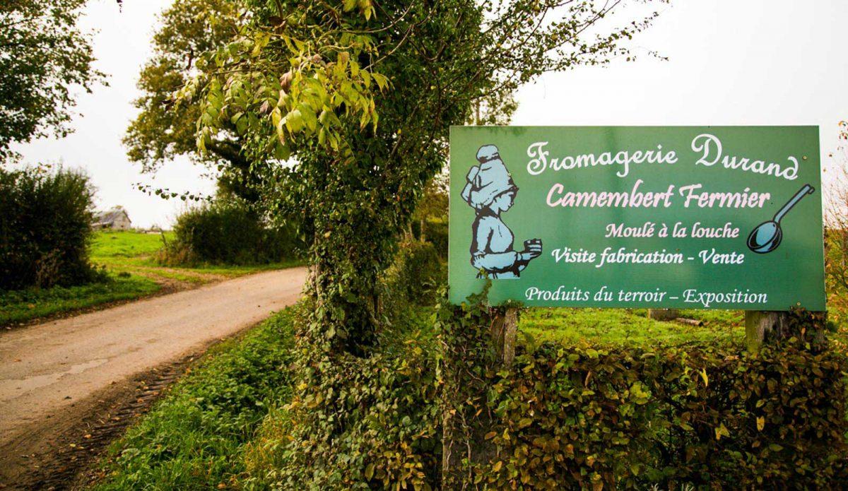 Die Käserei Durand verauft Camembert de Normandie