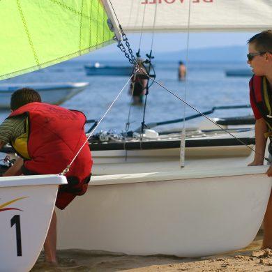 Wassersport in der Normandie mit Kindern
