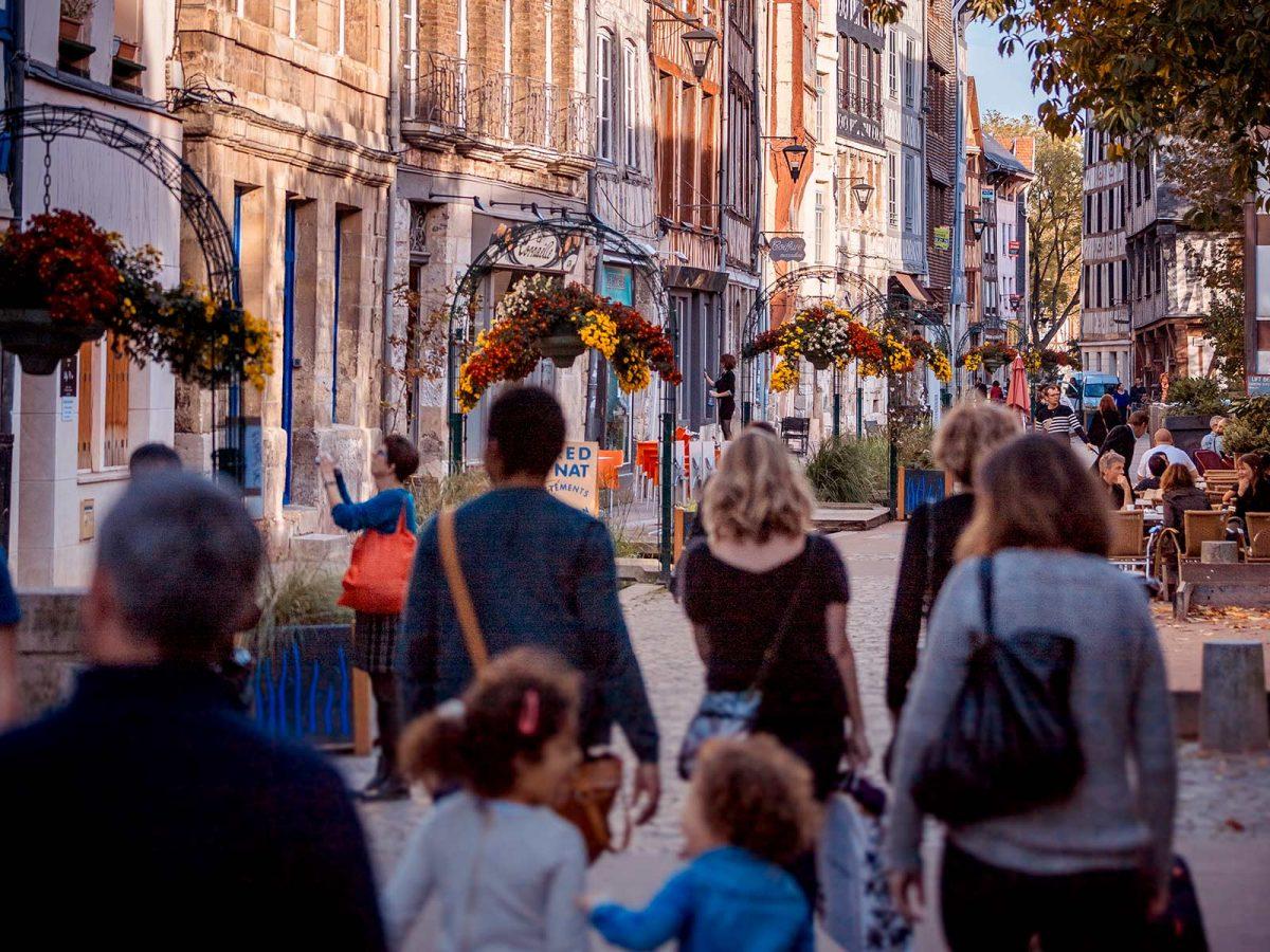 Die Rue de Robec in Rouen
