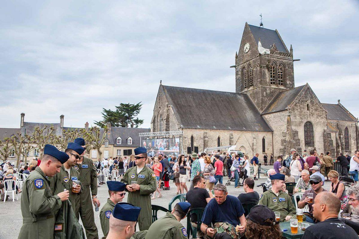 Rassemblement sur le thème du Débarquement à Sainte-Mère-Eglise