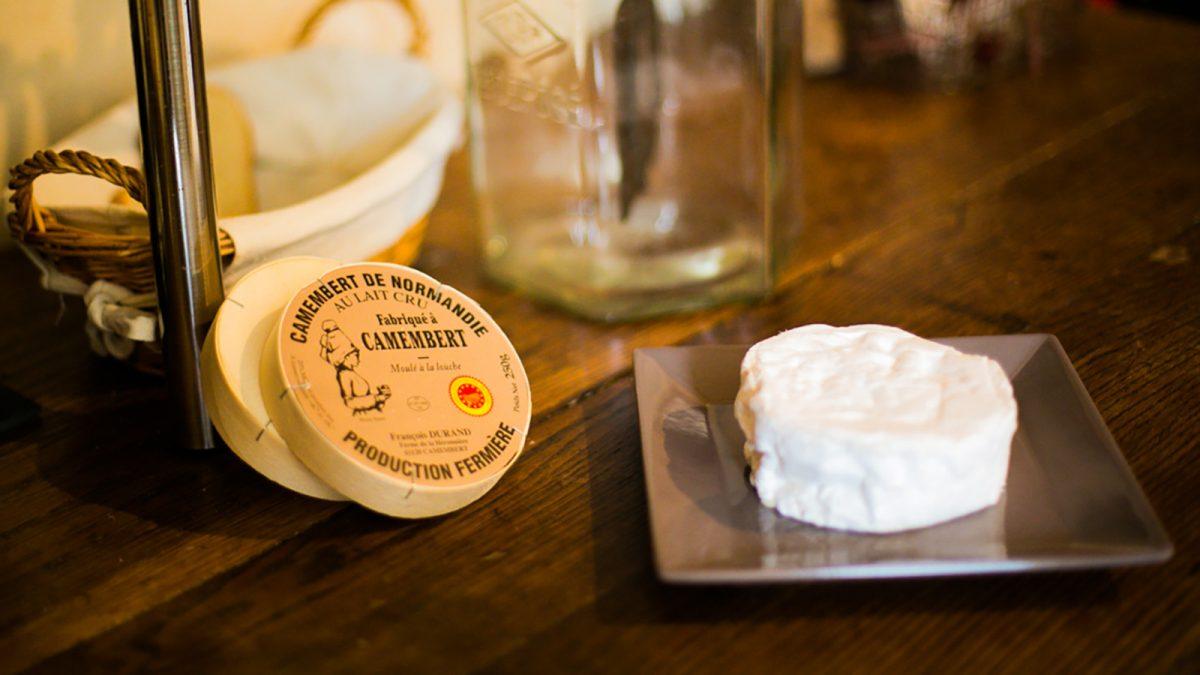 Camembert de Normandie aus Rohmilch - Käserei Durand