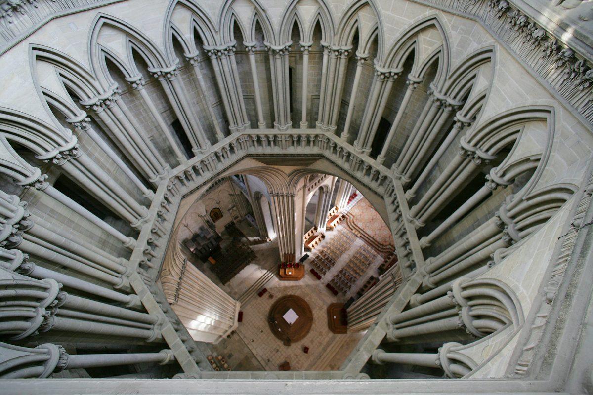 Innenansicht der Kathedrale von Coutances