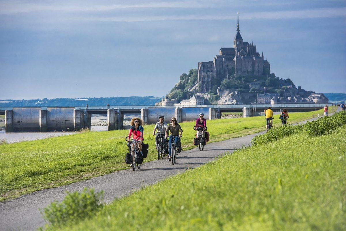 Radfahren auf der Véloscénie von Paris zum Mont Saint-Michel