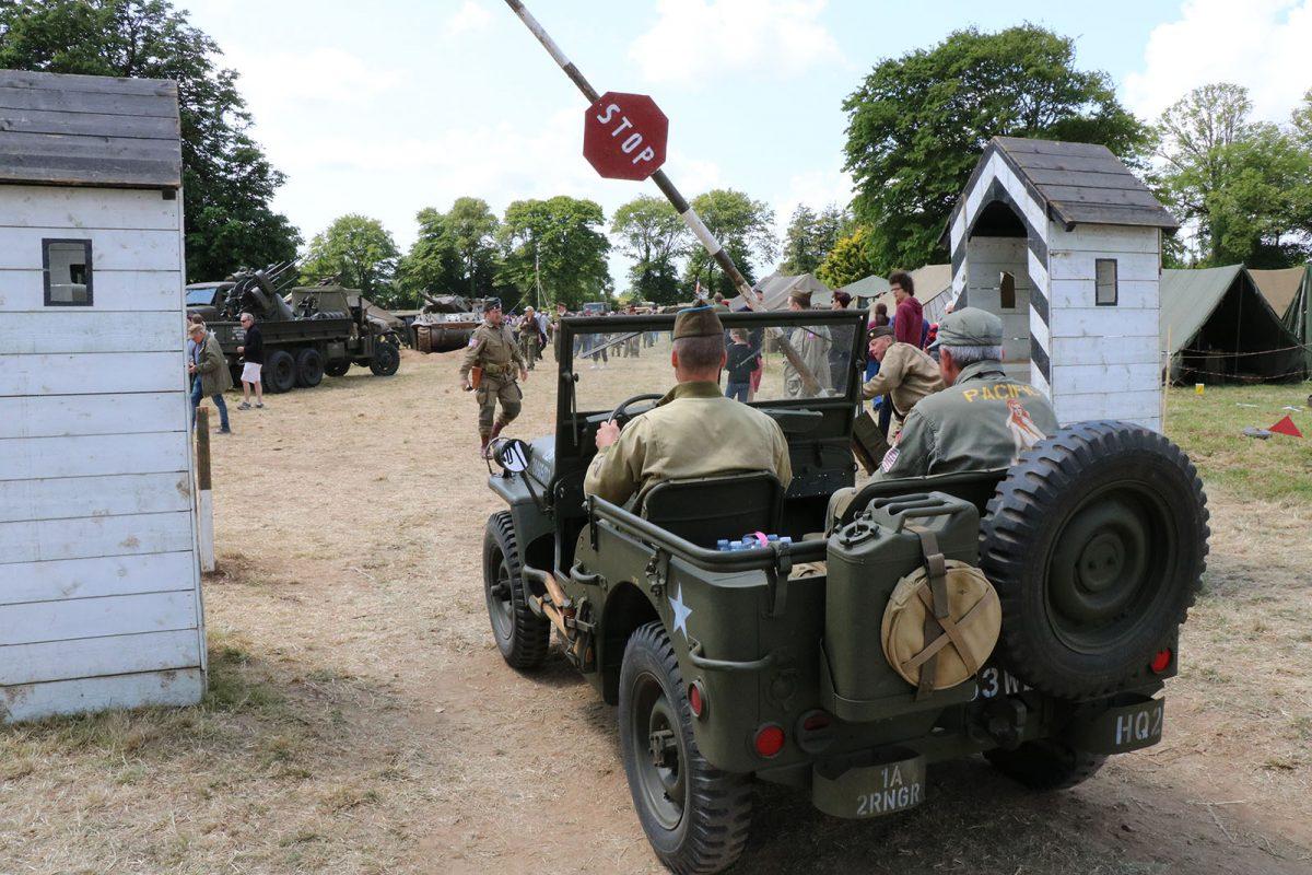 Camp de reconstitution Géronimo à Sainte-Mère-Eglise - D-Day