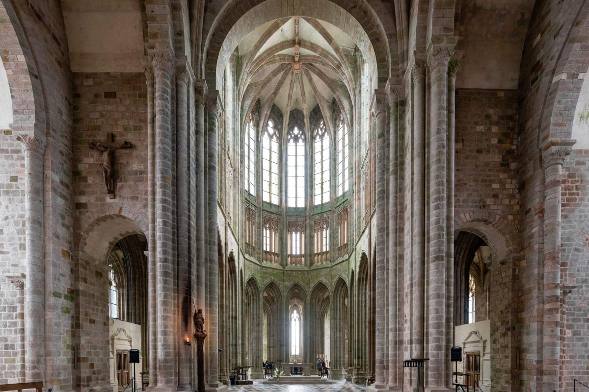 Blick auf den Chor der Abteikirche des Mont Saint-Michel