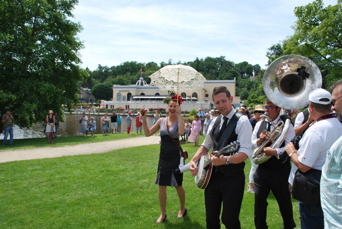 Musik am See in Bagnoles-de-l'Orne, Belle-Époque Fest