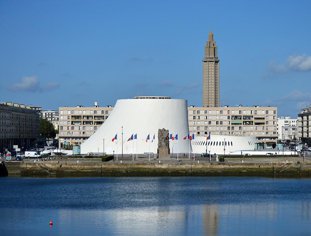 Le Havre mit Blick auf den Volcan