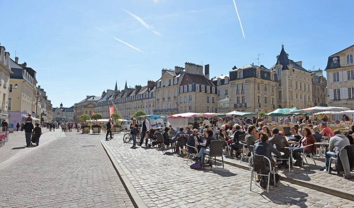 Place Saint Sauveur in Caen