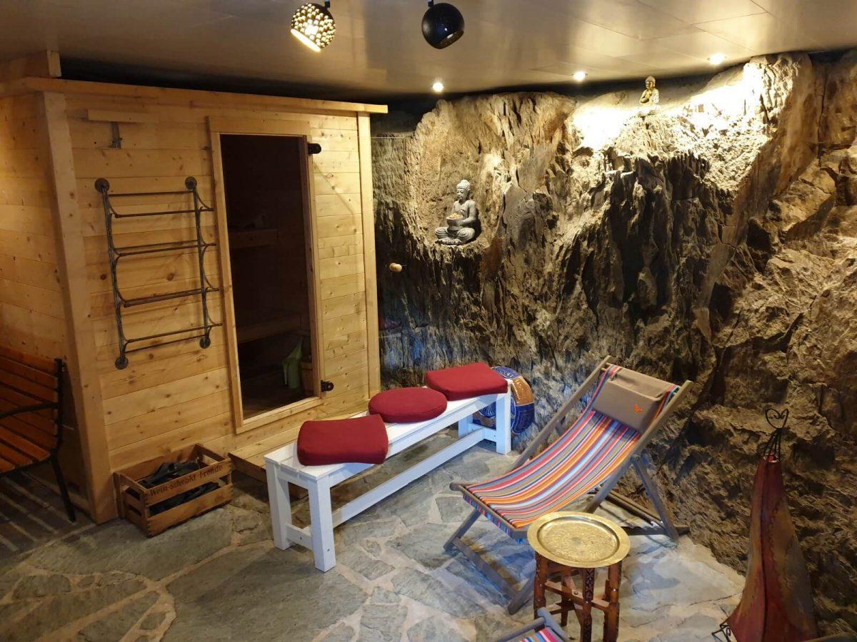 Sauna im Ferienhaus Lovey Nature in Clécy
