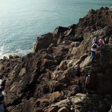 Küstenklettern auf der Halbinsel Cotentin