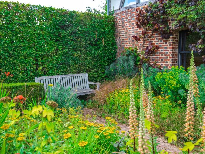 Le Jardin Plume AUZOUVILLE-SUR-RY : Normandie Urlaub ...