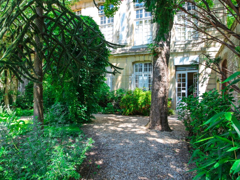 Garten des Flaubert Museums in Rouen
