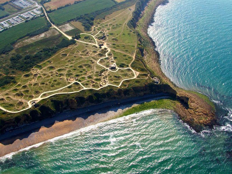 Luftbild von der Pointe du Hoc